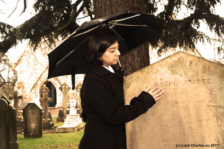 Kashnil at cemetery